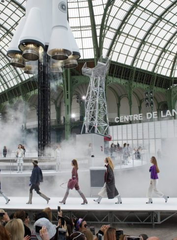 Chanel Fall 2017 Fashion Show Atmosphere Cont.