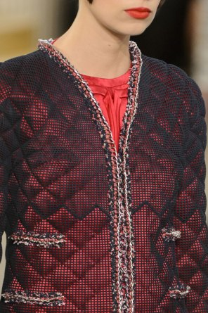 chanel-close-ups-fall-2015-couture-show-the-impression-036