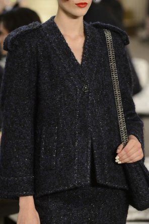chanel-close-ups-fall-2015-couture-show-the-impression-081