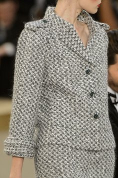 chanel-close-ups-fall-2015-couture-show-the-impression-091