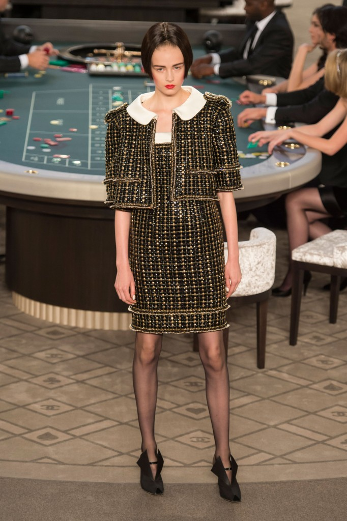 chanel-fall-2015-couture-show-the-impression-014
