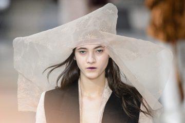 Ann Demeulemeester Fall 2017 Fashion Show Beauty Cont.
