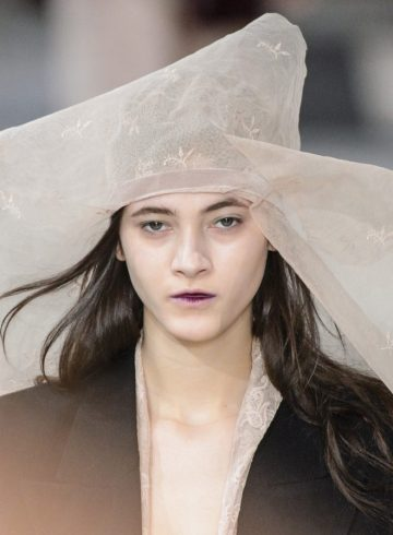 Ann Demeulemeester Fall 2017 Fashion Show Beauty Cont.