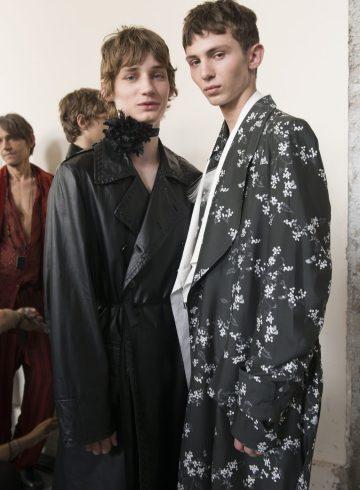 Ann Demeulemeester Spring 2018 Men's Fashion Show Backstage