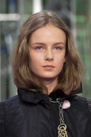 dior-close-ups-fall-2015-couture-the-impression-019