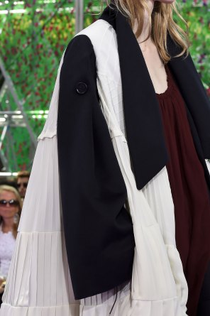 dior-close-ups-fall-2015-couture-the-impression-201