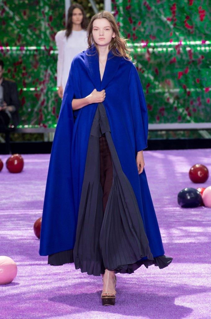 dior-fall-2015-couture-the-impression-010