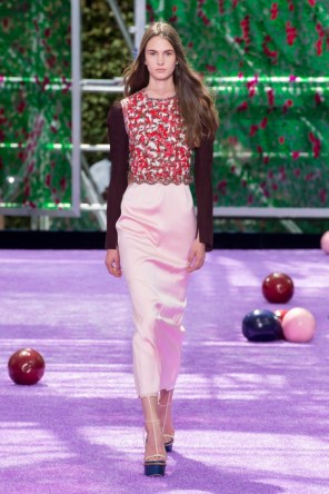 dior-fall-2015-couture-the-impression-032-682x1024