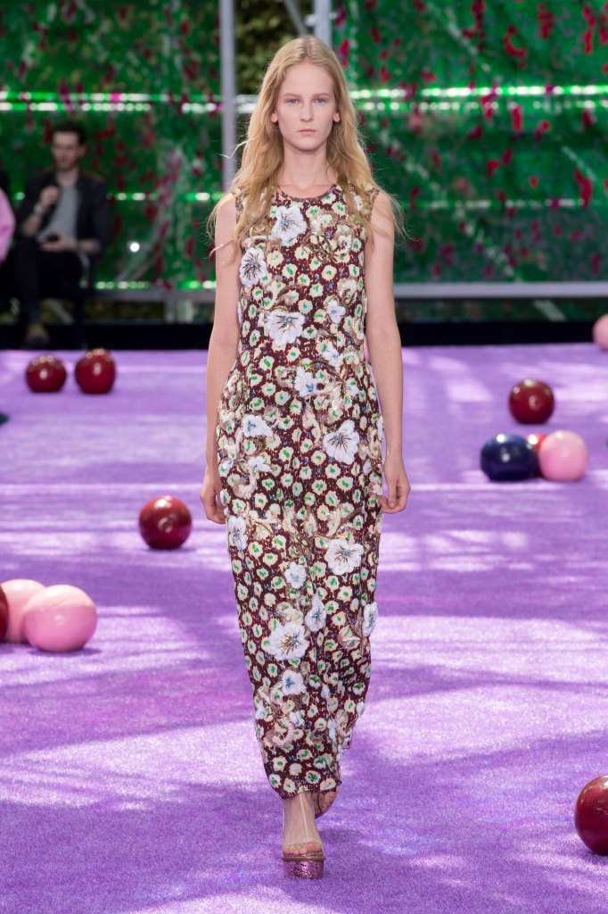 dior-fall-2015-couture-the-impression-046