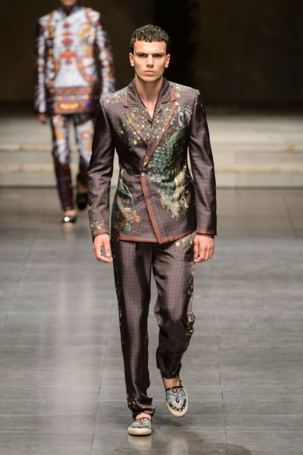 dolce-and-gabbana-mens-spring-2016-the-impression-002-682x1024