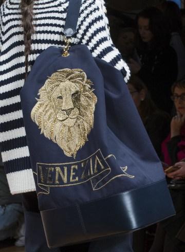 Alberta Ferretti Fall 2017 Fashion Show Details