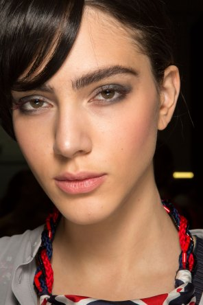 giorgio-armani-spring-2016-beauty-fashion-show-the-impression-03