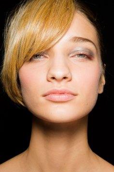 giorgio-armani-spring-2016-beauty-fashion-show-the-impression-11