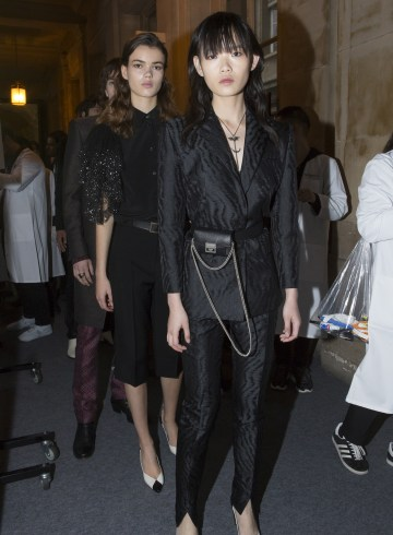 Givenchy Spring 2018 Fashion Show Backstage