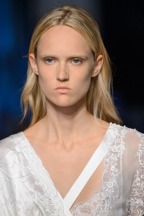 givenchy-runway-beauty-spring-2016-fashion-show-the-impression-10