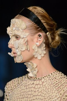 givenchy-runway-beauty-spring-2016-fashion-show-the-impression-28