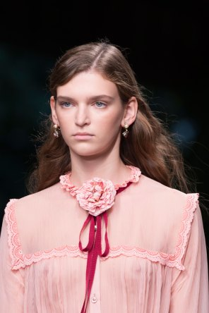 gucci-beauty-spring-2016-fashion-show-the-impression-002