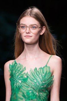 gucci-beauty-spring-2016-fashion-show-the-impression-013