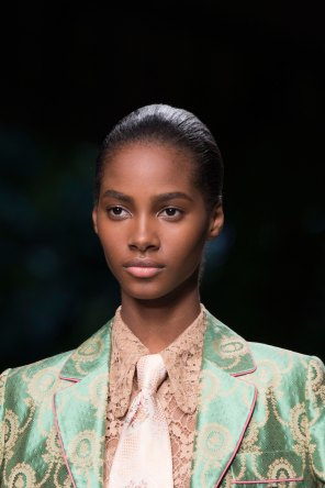 gucci-beauty-spring-2016-fashion-show-the-impression-030