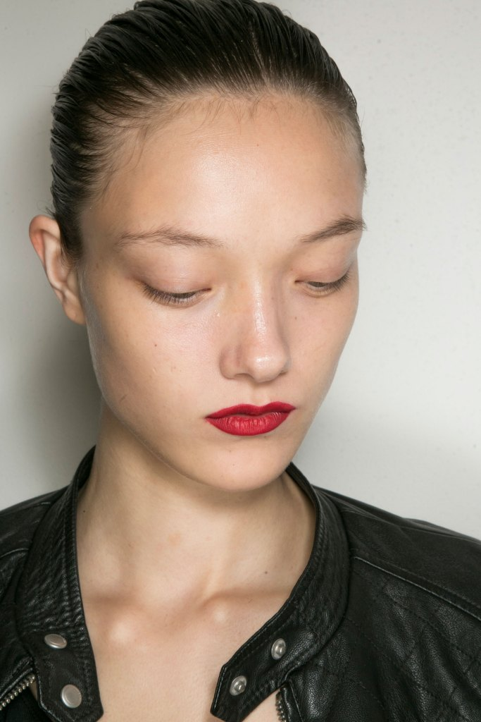jason-wu-backstage-beauty-spring-2016-fashion-show-the-impression-25
