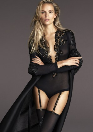 la-perla-fall-2015-ad-campaign-the-impression-10
