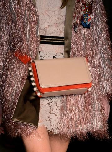 Les Copains Fall 2017 Fashion Show Details