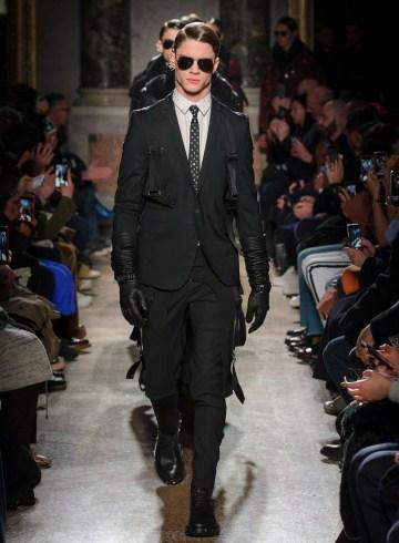 Les Hommes Fall 2017 Menswear Fashion Show