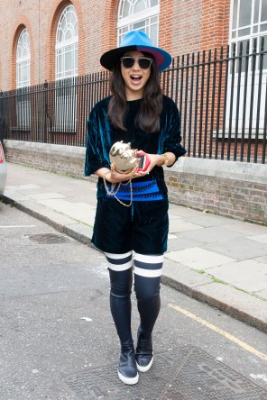 london-fashion-week-day-4-street-style-spring-2016-fashion-show-the-impression-045