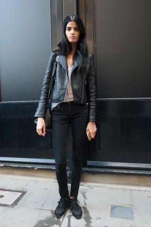 london-fashion-week-street-style-day-2-spring-2016-fashion-show-the-impression-045