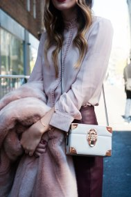 london-fashion-week-street-style-day-2-spring-2016-fashion-show-the-impression-059