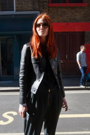 london-fashion-week-street-style-day-2-spring-2016-fashion-show-the-impression-062
