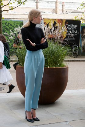 london-fashion-week-street-style-day-2-spring-2016-fashion-show-the-impression-087