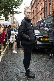london-fashion-week-street-style-day-5-spring-2016-fashion-show-the-impression-036