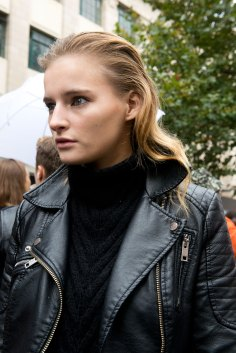 london-fashion-week-street-style-day-5-spring-2016-fashion-show-the-impression-037