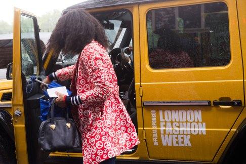 london-fashion-week-street-style-day-5-spring-2016-fashion-show-the-impression-043