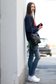 milan-fashion-week-street-style-day-3-september-2015-the-impression-009