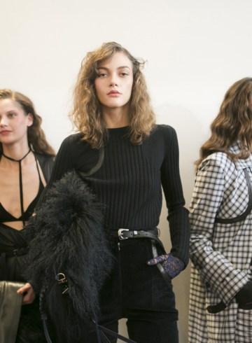 Nina Ricci Fall 2017 Fashion Show Backstage