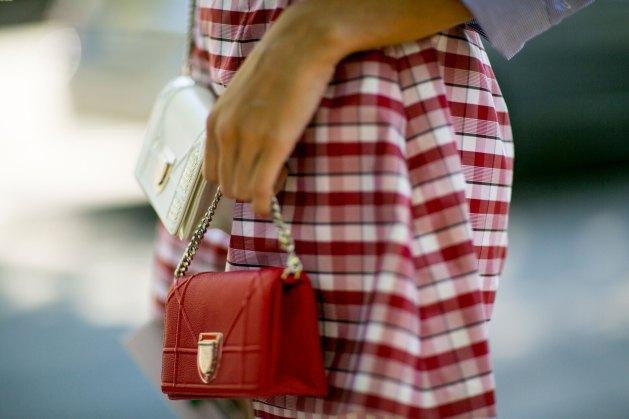 paris-street-stylecouture-fashion-week-day-2-the-impression-076