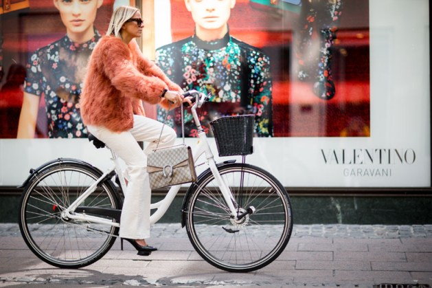 street-style-copenhagen-day-1-the-impression-047