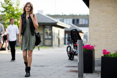 street-style-copenhagen-day-1-the-impression-123