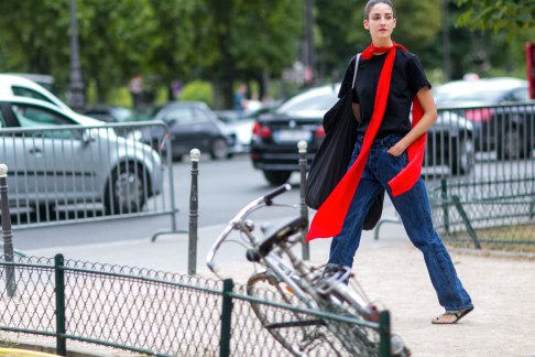 street-style-day-3-july-2015-paris-couture-shows-the-impression-024