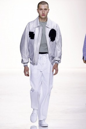 tim-coppens-spring-2016-fashion-show-the-impression-030-684x1024