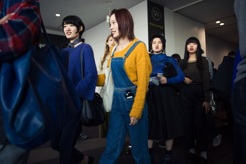 tokyo-street-style-day-1-spring-2016-the-impression-021