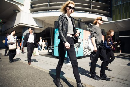 tokyo-street-style-day-1-spring-2016-the-impression-067
