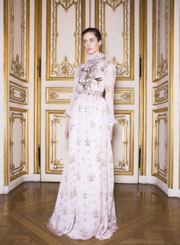 Giambattista Valli Spring 2017 Couture Fashion Show Backstage