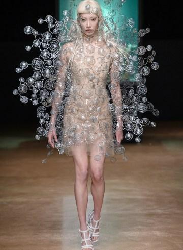 Iris Van Herpen Fall 2017 Couture Fashion Show