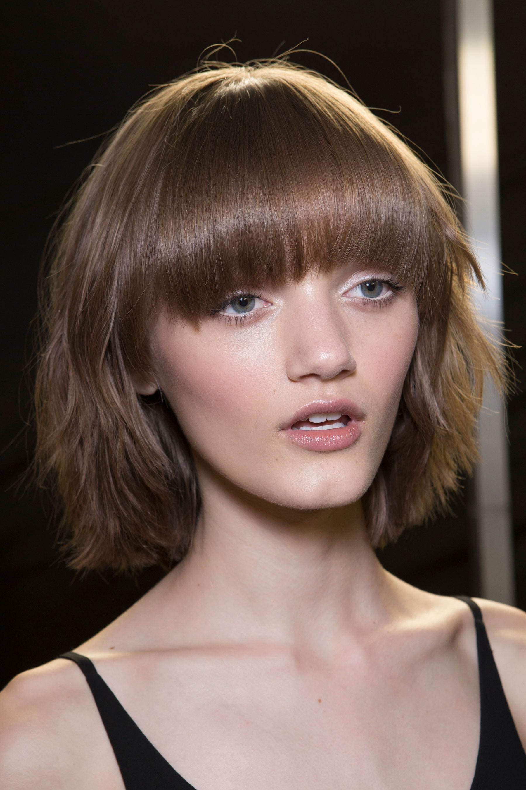versace-backstage-beauty-spring-2016-fashion-show-the-impression-081