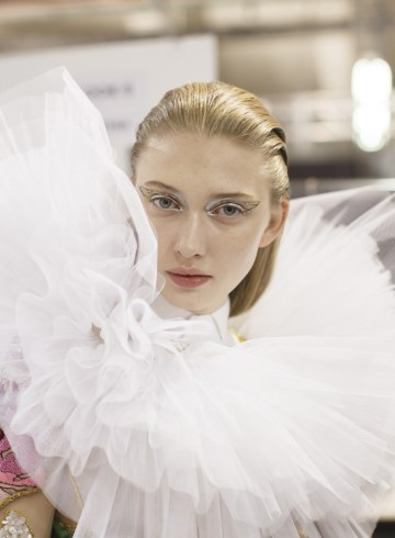 Viktor & Rolf Spring 2017 Couture Fashion Show Backstage