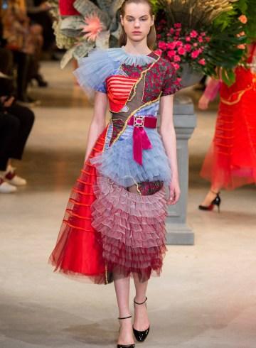 Viktor & Rolf Spring 2017 Couture Fashion Show
