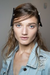 wes-gordon-backstage-beauty-spring-2016-fashion-show-the-impression-03